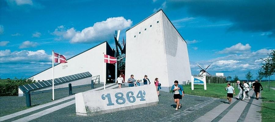 Nyborgrejser og Genforeningen ved Dybbøl Mølle