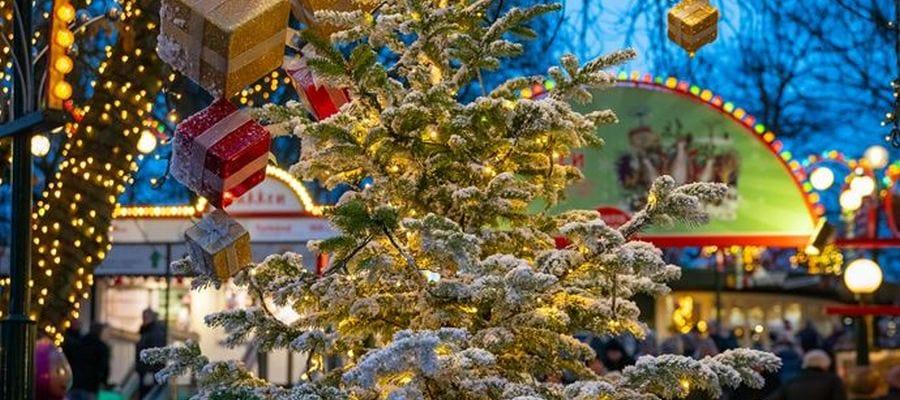 Jul på Bakken og i Korsbæk